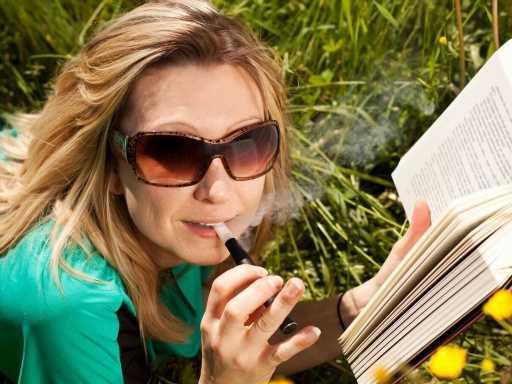 7 stars adeptes de la cigarette électronique