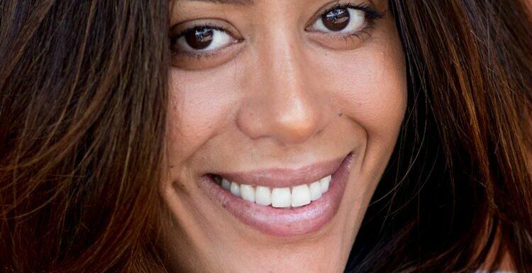 Amel Bent sexy : fessier bombé dans le jean le plus tendance du moment