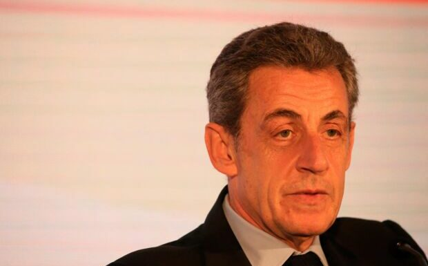 «C'est ignoble»: Nicolas Sarkozy a les oreilles qui sifflent chez Léa Salamé…