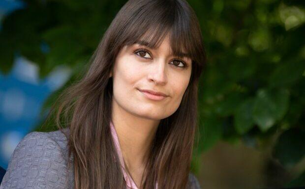Clara Luciani en larmes: la chanteuse très émue par un message de son père diffusé sur RTL