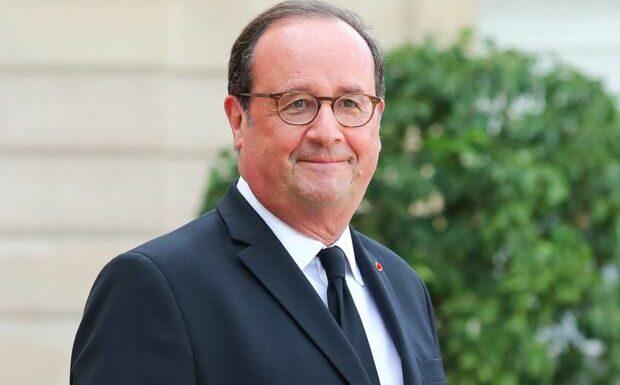 François Hollande fêtard: son apéro avec des lycéens qui passent le bac