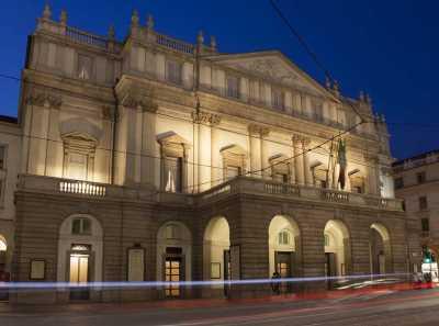 """Insolite : un Italien a vendu une oeuvre d'art """"invisible"""" pour 15 000 euros"""