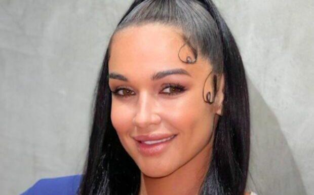 PHOTO Jazz (JLC Family) accusée de «blackface», elle supprime son dernier cliché qui fait polémique
