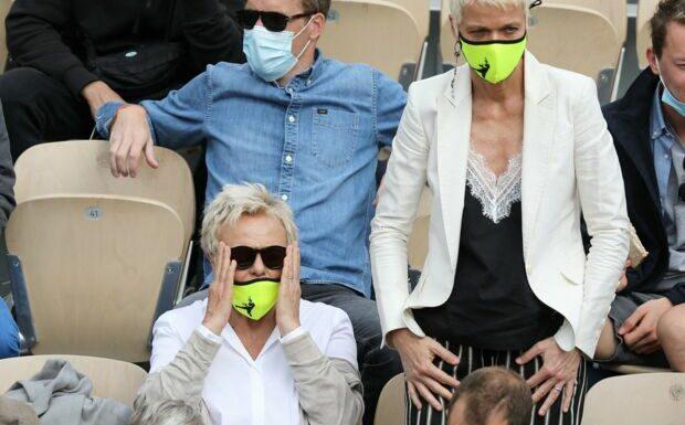 PHOTOS – Muriel Robin et Anne Le Nen complices et passionnées à Roland Garros
