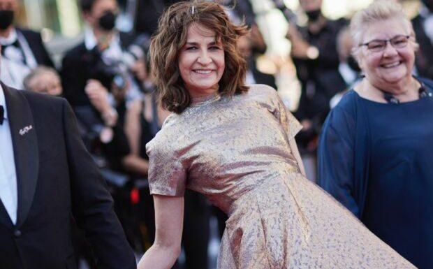 Cannes 2021: Valérie Lemercier a déroulé le tapis rouge à ses 3 soeurs