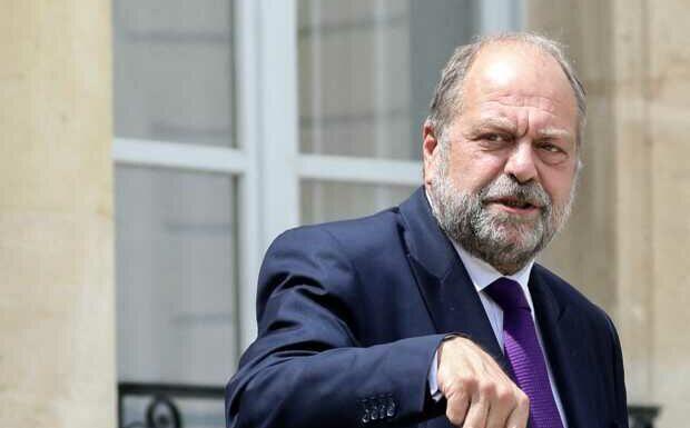 «C'est un boulet pour le président»: Éric Dupond-Moretti dans la ligne de mire