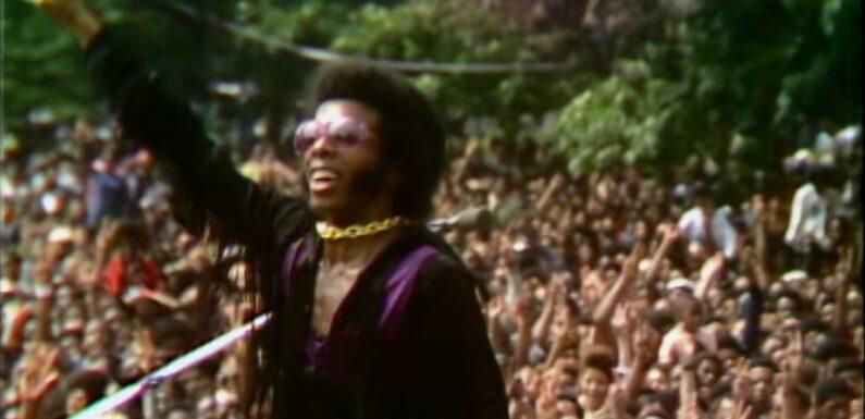 Culture d'été. En août 1969, il y a eu Woodstock… et le Harlem Cultural Festival, fondateur pour les Noirs américains