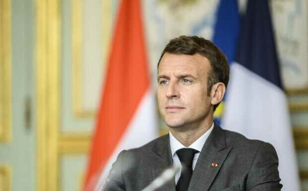 Emmanuel Macron et «l'esprit groupie»: selfies à go go à l'Elysée