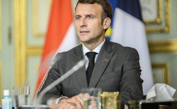 «Il y a de gros coups de déprime»: Emmanuel Macron contraint de ré-enchanter ses troupes