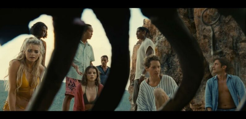 Old : Le film est-il lié aux autres longs-métrages de M Night Shyamalan ?