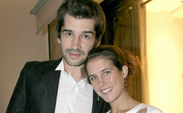 PHOTO Clémence Castel en couple avec une femme: son ex Mathieu Johann réagit à son coming-out