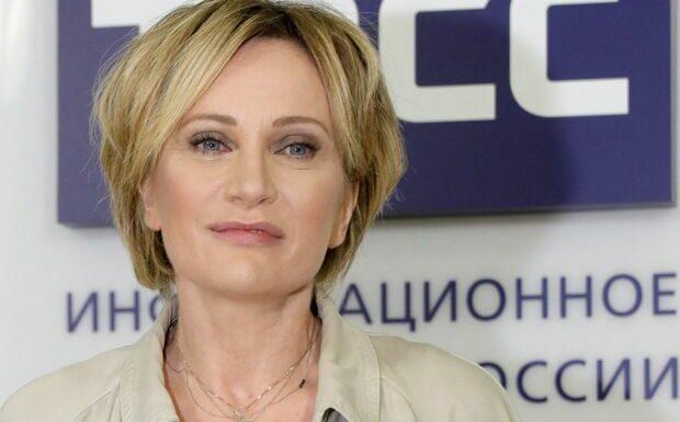 Patricia Kaas: interpellée par un célèbre fan, elle met fin à son silence