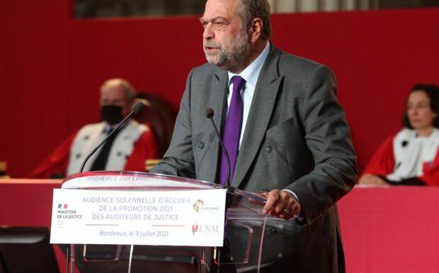 «Une question d'honneur»: Eric Dupond-Moretti appelé à la démission