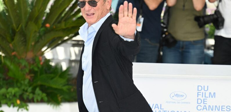 """""""Obscène politiquement et humainement"""" : à Cannes, Sean Penn dénonce la gestion par Trump de l'épidémie de Covid"""