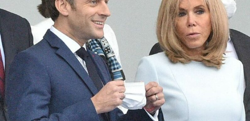 Brigitte Macron : Cette raison pour laquelle vous ne verrez plus la Première Dame en maillot de bain