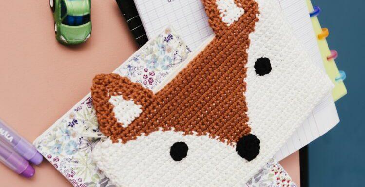 Crochet : la trousse à motif jacquard renard facile à faire