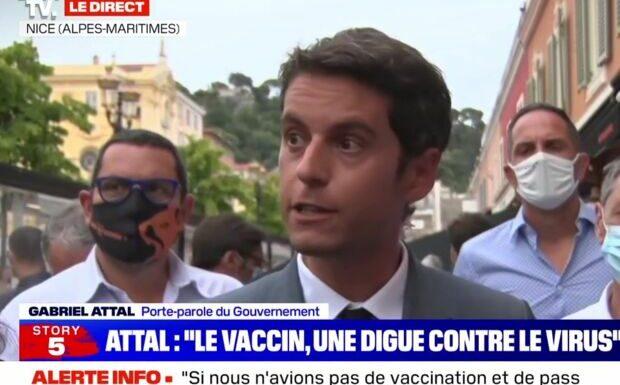 «Des relents de haine»: Gabriel Attal en colère après les dérapages d'antivax