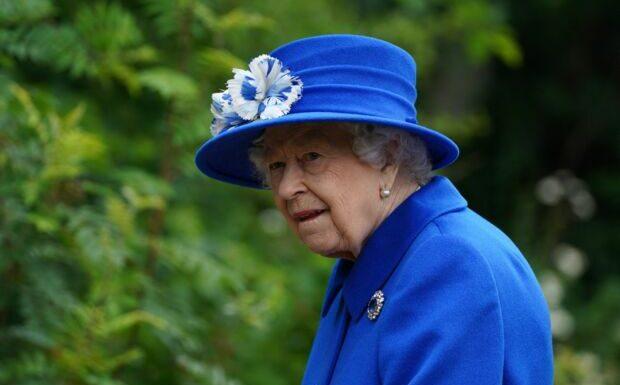 Elizabeth II enfermée avec le prince Andrew et Sarah Ferguson à Balmoral: ça barde