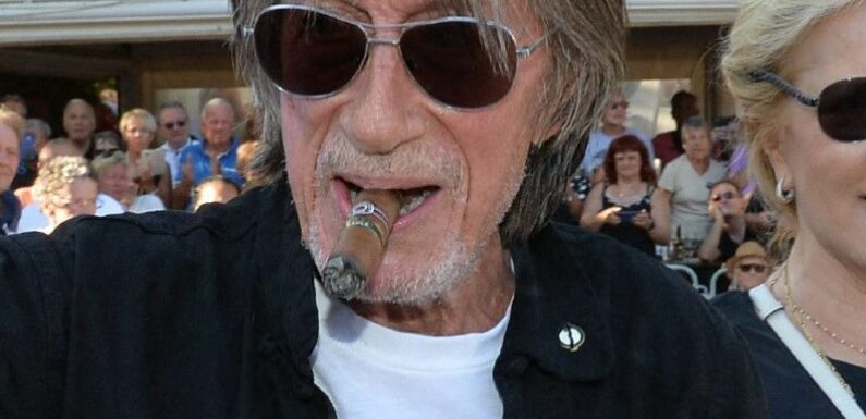 Jacques Dutronc : Cette photo inédite du chanteur sans ses célèbres lunettes