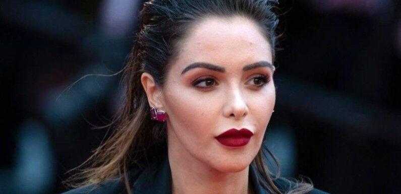 Nabilla grillée : la star copie Kylie Jenner, cette robe complètement osée qui lui vaut bien des critiques !