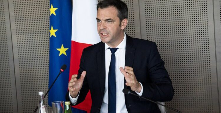 Olivier Véran pas fan du pass sanitaire : ces propos qui risquent de déclencher la polémique