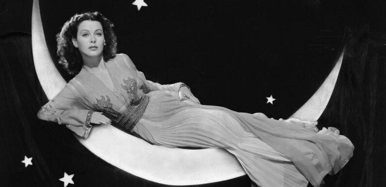 On ne pouvait pas le rater. Le jour où l'actrice Hedy Lamarr inventa un système de codage des transmissions, à l'origine du GPS et du wifi
