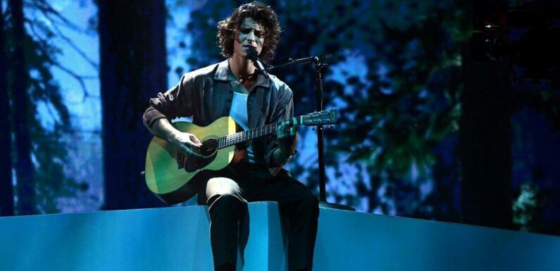 Shawn Mendes dévoile des extrait de Summer of Love, son tout nouveau titre