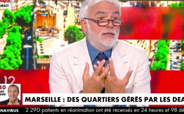 VIDEO – «C'est pas bien de dire ça»: Pascal Praud obligé d'arbitrer une brouille entre deux chroniqueurs en direct