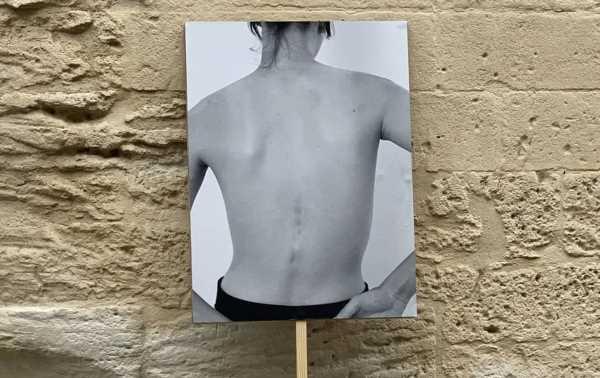 """""""Les Images perdues"""", déambulation sur les traces du souvenir avec Olivier Saillard"""