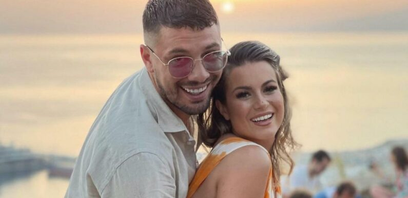 Carla Moreau en couple avec Kevin Guedj, elle poste une photo qu'elle supprime rapidement