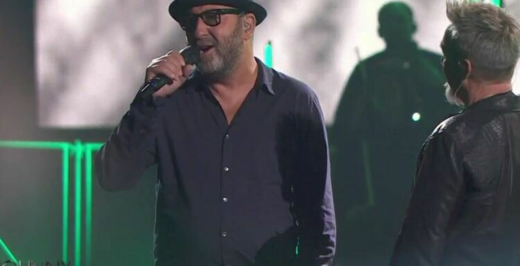 Concert hommage à Johnny Hallyday :  Kad Merad bluffe Florent Pagny et les internautes avec sa prestation