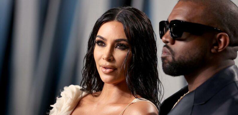 """Kim Kardashian surprise en train d'""""écouter"""" l'album de Kanye West… le son coupé"""