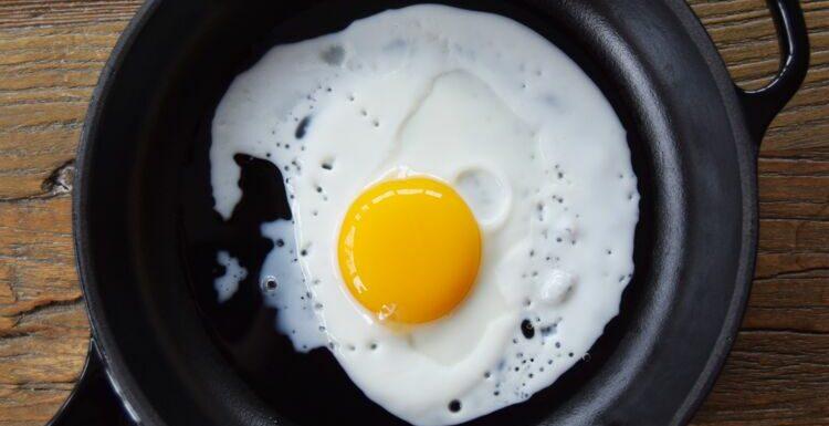 La technique étonnante pour faire cuire un œuf au plat