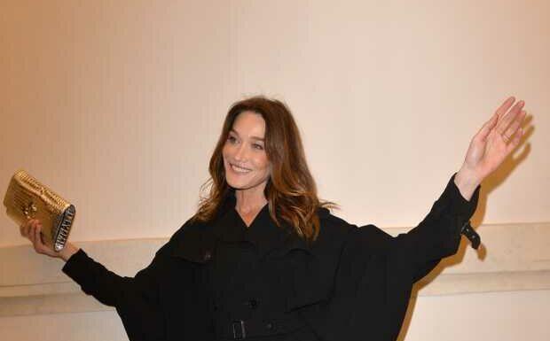 PHOTO – Carla Bruni au naturel: elle enchante ses fans