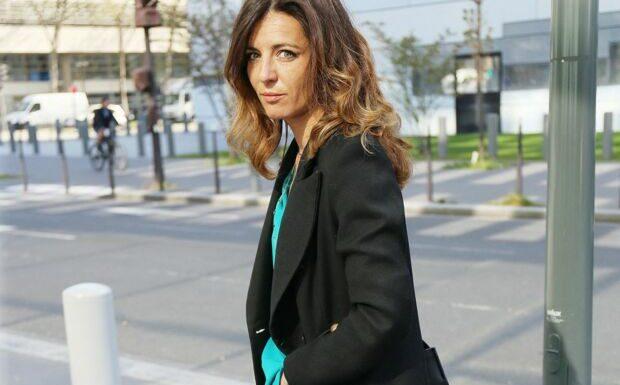 PHOTO – Coralie Dubost: look surprenant pour une sortie engagée