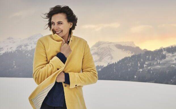 PHOTOS – Colorés, imprimés… 20 blazers tendances automne-hiver 2021–2022