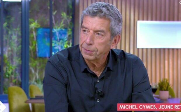 VIDÉO – «Ça été très douloureux»: Michel Cymes ému au sujet de sa dernière consultation de médecin