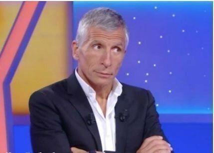 """""""J'ai toujours les mêmes réserves…"""" : Nagui ne croit pas au succès de Laurence Boccolini dans Tout le monde veut prendre sa place"""