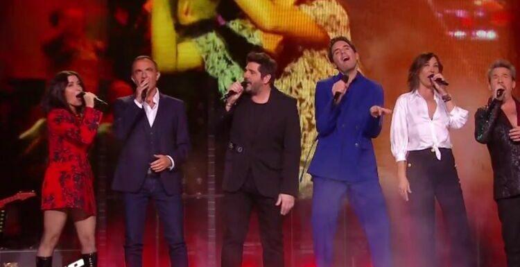 """""""The Voice All Stars"""" : Nikos Aliagas pousse la chansonnette avec les 5 coachs pour les 10 ans de l'émission"""