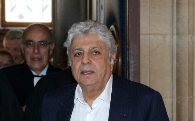 Enrico Macias porte plainte: le chanteur estime avoir été escroqué de 400 000 euros