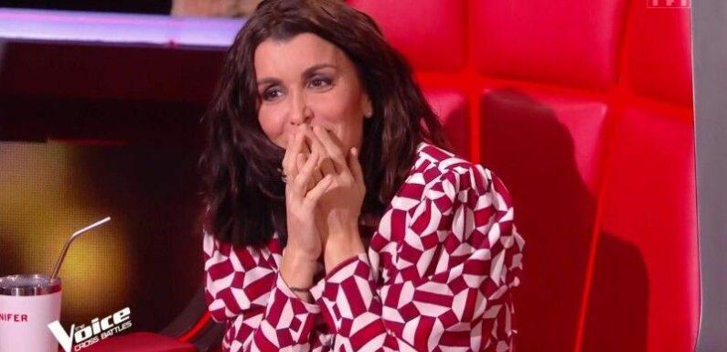 """Jenifer : découvrez le prix de sa robe de grossesse portée dans """"The Voice All Stars"""""""